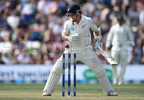 20.02.2016. Christchurch, New Zealand.  BJ Watling looks on as the ball comes close to the wickets. New Zealand Black Caps versus Australia. Day 1, 2nd test match, Hagley Oval in Christchurch, New Zealand. Saturday 20 February 2016.