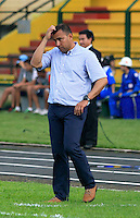 FLORIDABLANCA -COLOMBIA, 28-09-2014.  Harold Rivera técnico de Patriotas FC durante partido contra Alianza Patrolera por la fecha 12 de la Liga Postobon II 2014 disputado en el estadio Alvaro Gómez Hurtado de la ciudad de Floridablanca./ Harold Rivera coach of Patriotas FC during match against Alianza Petrolera for the 12th date of the Postobon League II 2014 played at Alvaro Gomez Hurtado stadium in Floridablanca city Photo:VizzorImage / Duncan Bustamante / STR?