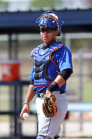 GCL Mets catcher Jeyckol De Leon #25 during practice before a game against the GCL Nationals at the Washington Nationals Minor League Complex on June 20, 2011 in Melbourne, Florida.  The Nationals defeated the Mets 5-3.  (Mike Janes/Four Seam Images)