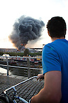Pix: Shaun Flannery/sf-pictures.com....COPYRIGHT PICTURE>>SHAUN FLANNERY>01302-570814>>07778315553>>..5th June 2008........South Yorkshire Fire & Rescue tackle a blaze (fire) at Smith Bros, Doncaster.
