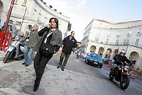 """La giornalista de """"Il Mattino"""" Rosaria Capacchione accompagnata dalla sua scorta a Caserta, 14 novembre 2008..UPDATE IMAGES PRESS/Riccardo De Luca"""