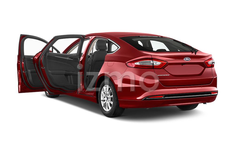 Car images of a 2015 Ford Mondeo Titanium 5 Door Hatchback Doors