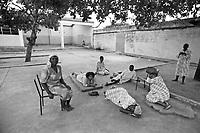 Mozambico, Mpauto, ospedale psichiatrico di Infulene 1985/1993