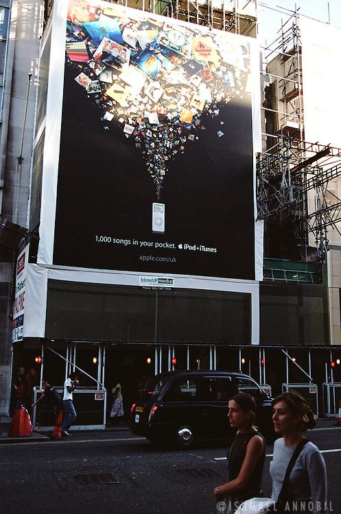 iPOD AD, LONDON