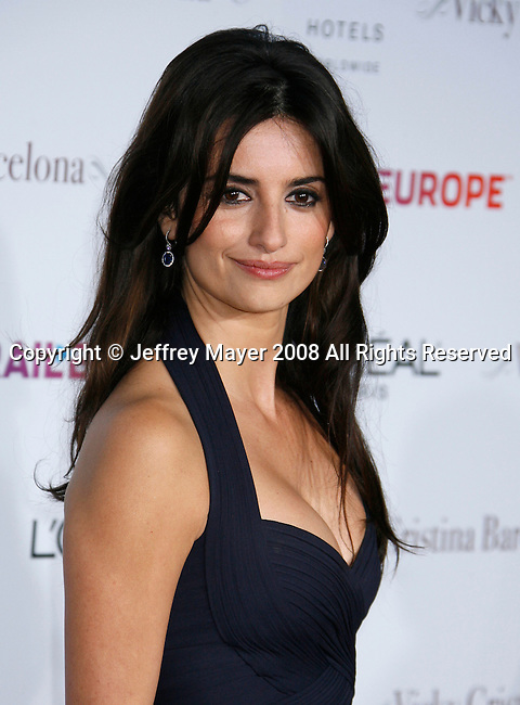 "Actress Penelope Cruz arrives at The Los Angeles Premiere of ""Vicky Cristina Barcelona"" at the Mann Village Theatre on August 4, 2008 in Westwood, California."