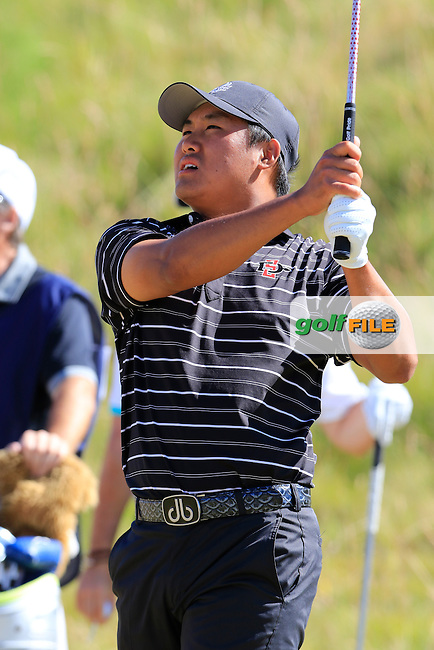 Gunn Yang (AM)(KOR) on the 6th green during Friday's Round 2 of the 2015 U.S. Open 115th National Championship held at Chambers Bay, Seattle, Washington, USA. 6/20/2015.<br /> Picture: Golffile   Eoin Clarke<br /> <br /> <br /> <br /> <br /> All photo usage must carry mandatory copyright credit (&copy; Golffile   Eoin Clarke)