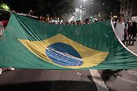 SÃO PAULO, SP - 20.06.2013: 7 GRANDE ATO PASSE LIVRE - Manifestantes lotam a Av Paulista para o 7º Grande Ato Contra O Aumento da Tarifa nesta 5 feira (20) (Foto: Marcelo Brammer/Brazil Photo Press)