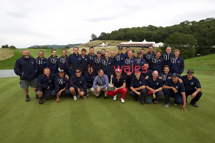 ISPS Handa Wales Open 2013<br /> Celtic Manor Resort<br /> Gregory Bourdy with the Twenty Ten green staff.<br /> 01.09.13<br /> <br /> &copy;Steve Pope-Sportingwales