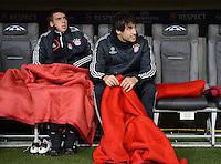 FUSSBALL   CHAMPIONS LEAGUE   SAISON 2012/2013   GRUPPENPHASE   FC Bayern Muenchen - FC Bate Borisov              05.12.2012 Auf der Ersatzbank Philipp Lahm und Javi , Javier Martinez (v. li., FC Bayern Muenchen)