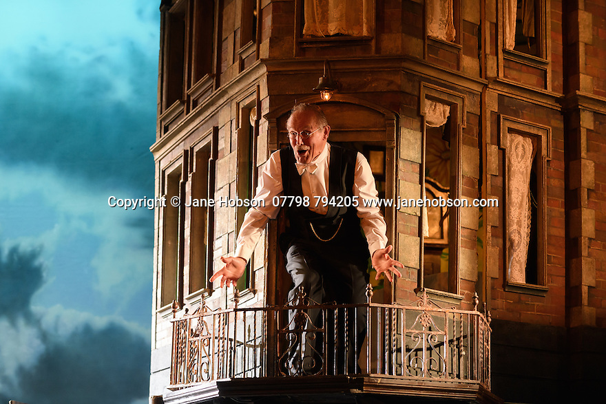 London, UK. 04.11.2016. AN INSPECTOR CALLS, by J B Priestley, opens at the Playhouse Theatre.  It is the 70th anniversary of the first UK staging of the play and the 25th anniversary of its first appearance at The National Theatre, directed by Stephen Daldry. Lighting design is again by Rick Fisher with set and costume design by Ian MacNeil. Picture shows: Clive Francis (Mr Birling). Photograph © Jane Hobson.