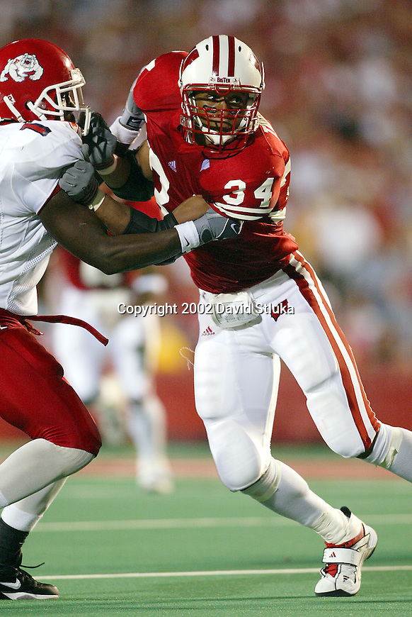 University of Wisconsin linebacker (34) Kareem Timbers during the Fresno State game at Camp Randall Stadium in Madison, WI, on 8/23/02. The Badgers beat Fresno State 23-21. Leonard ended the game with 2 interceptions. (Photo by David Stluka)