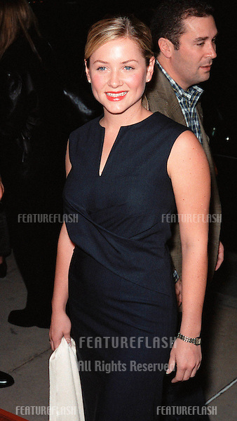 """03NOV99: Actress JESSICA CAPSHAW at Los Angeles premiere of """"The Bachelor""""..© Paul Smith / Featureflash"""