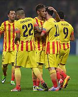 FUSSBALL  CHAMPIONS LEAGUE   SAISON 2013/2014   Vorrunde     AC Mailand - FC Barcelona       22.10.2013 JUBEL Barca; Daniel Alves, Neymar und Torschuetze zum 1-1 Ausgleich Lionel Messi (v.li.)