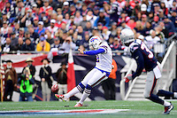 Sunday, October 2, 2016: Buffalo Bills kicker Dan Carpenter (2) in game action during the NFL game between the Buffalo Bills and the New England Patriots held at Gillette Stadium in Foxborough Massachusetts. Buffalo defeats New England 16-0. Eric Canha/Cal Sport Media