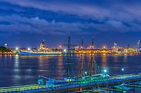 Camden, Delaware River