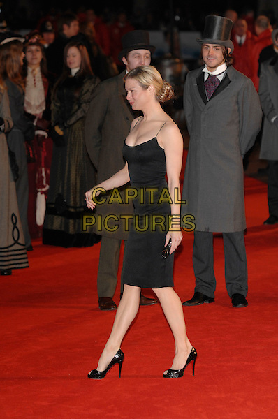"RENEE ZELLWEGER..""Miss Potter"" World Film Premiere..Empire cinema, Leicester Square..London, England  3rd December 2006 ..full length black dress..CAP/PL..©Phil Loftus/Capital Pictures"