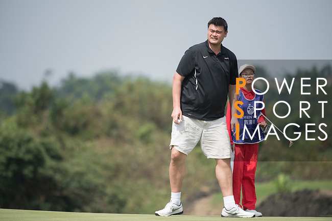 Yao Ming plays during the World Celebrity Pro-Am 2016 Mission Hills China Golf Tournament on 23 October 2016, in Haikou, Hainan province, China. Photo by Weixiang Lim / Power Sport Images