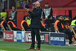 06.11.2019, BayArena, Leverkusen, GER, CL, Bayer 04 Leverkusen vs Atletico Madrid, UEFA regulations prohibit any use of photographs as image sequences and/or quasi-video <br /> <br /> im Bild Peter Bosz (Bayer 04 Leverkusen) Gestik / Geste / gestikuliert / <br /> <br /> Foto © nordphoto/Mauelshagen