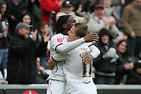 Pictured: Jason Scotland (left) and Mark Gower (right) of Swansea City celebrate <br />