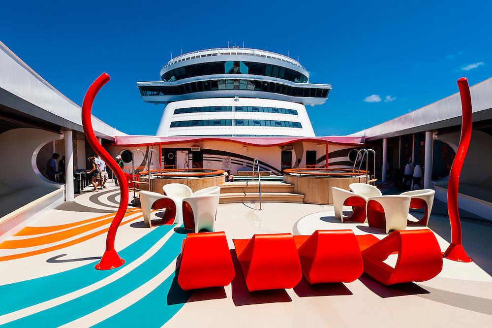 Vibe (teen club) on the new Disney Dream cruise ship sailing