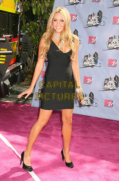 AMANDA BYNES .2007 MTV Movie Awards held at the Gibson Amphitheater, Universal City, California, USA..June 3rd, 2007.full length diamonds jewellery  jewelry black necklace dress shoes .CAP/ADM/RE.©Russ Elliot/AdMedia/Capital Pictures *** Local Caption *** ...