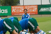 SAO PAULO, SP, 31.10.2013 - TREINO CT PALMEIRAS - O jogador do Palmeiras, Valdivia, durante o treino no Centro de Treinamento do Palmeiras na Barra Funda, zona oeste da capital paulista nesta quinta-feira (31). (Foto: Marcelo Brammer / Brazil Photo Press)