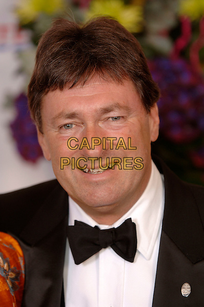 ALAN TITCHMARSH.British Book Awards at Grosvenor House, Park Lane, London, UK..March 29th, 2006.Ref: PL.headshot portrait bow tie.www.capitalpictures.com.sales@capitalpictures.com.© Capital Pictures.