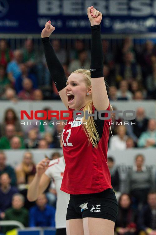 21.02.2015, Halle Berg Fidel, Muenster<br /> Volleyball, Bundesliga Frauen, USC M&uuml;Ÿnster / Muenster vs. Rote Raben Vilsbiburg<br /> <br /> Jubel Anna Pogany (#12 Vilsbiburg) / Libero<br /> <br />   Foto &copy; nordphoto / Kurth