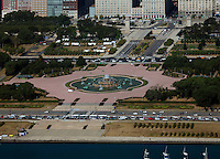 aerial photograph Buckingham Fountain, Grant Park, Chicago, Illinois