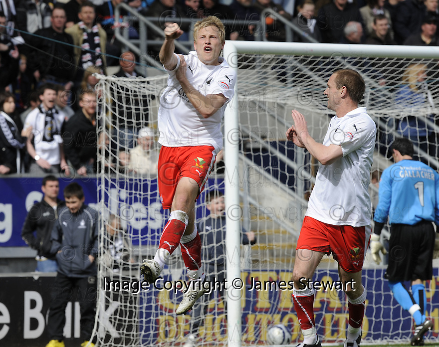 01/05/2010   Copyright  Pic : James Stewart.sct_jsp02_falkirk_v_st-mirren  .::  SCOTT ARFIELD CELEBRATES AFTER HE SCORES FROM THE SPOT ::  .James Stewart Photography 19 Carronlea Drive, Falkirk. FK2 8DN      Vat Reg No. 607 6932 25.Telephone      : +44 (0)1324 570291 .Mobile              : +44 (0)7721 416997.E-mail  :  jim@jspa.co.uk.If you require further information then contact Jim Stewart on any of the numbers above.........