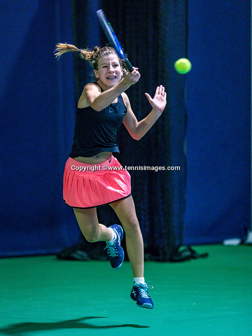 Hilversum, Netherlands, December 2, 2018, Winter Youth Circuit Masters, Isis van den Broek (NED)<br /> Photo: Tennisimages/Henk Koster