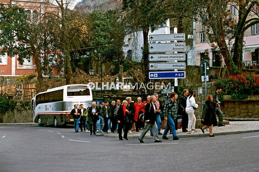 Turistas em Sintra, Portugal. 1999. Foto de Juca Martins.