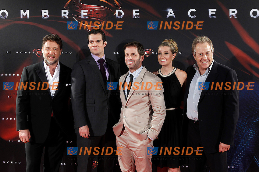 The actors Henry Cavill (2l) and Rusell Crowe (l), Film director Zack Snyder (c) and the Producers Charles Roven (r) y Deborah Snyder (2r) attend the spanish premier of the film 'Man of Steel&quot; (El hombre de acero).June 17,2013.(ALTERPHOTOS/Acero) <br /> foto INSIDEFOTO