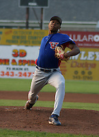 August 15, 2003:  Pitcher Nick Long of the Vermont Expos during a game at Dwyer Stadium in Batavia, New York.  Photo by:  Mike Janes/Four Seam Images