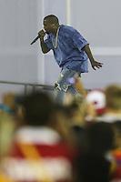 TORONTO, CANADÁ, 26.07.2015 - PAN-ENCERRAMENTO - Kanye West durante Cerimonia de encerramento dos jogos Pan-americanos no Rogers Centre em Toronto neste domingo, 26.   (Foto: William Volcov/Brazil Photo Press)