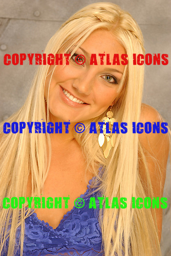 Brooke Hogan, Studio Photo Session