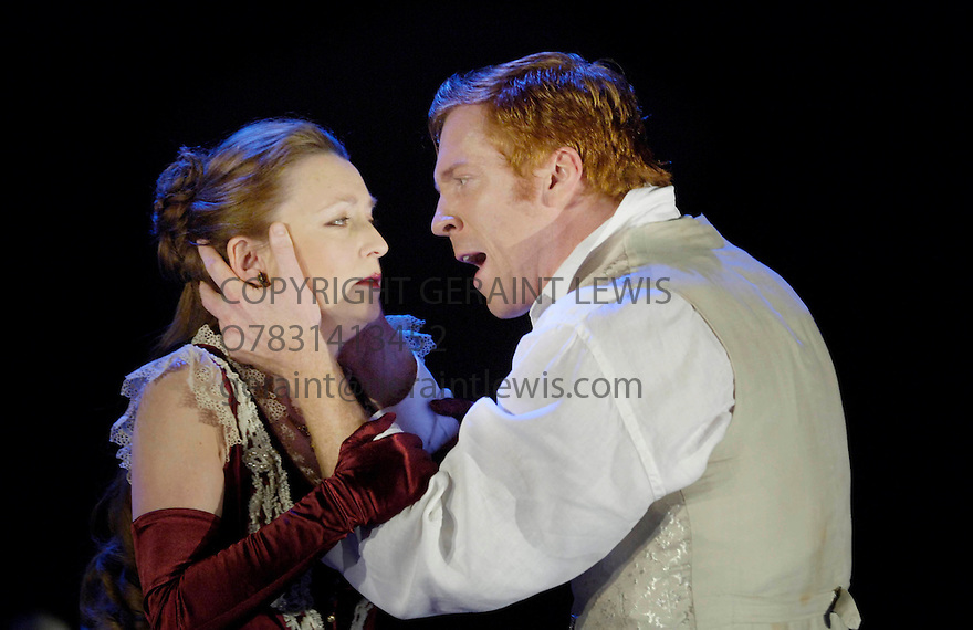 Pillars of the Community by Ibsen ,directed by Marrianne Elliott. With Damian Lewis ,Lesley Manville. Opens at the Lyttelton Theatre on 1/11/05. CREDIT Geraint Lewis.