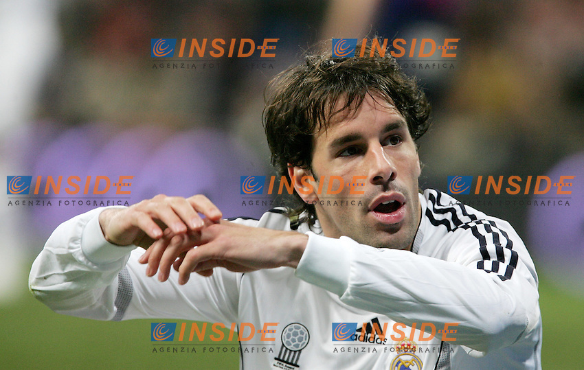 Real Madrid's Ruud van Nistelrooy reacts during Spain's La Liga match at Santiago Bernabeu stadium in Madrid, Sunday February 04, 2007. (INSIDE/ALTERPHOTOS/Alvaro Hernandez).