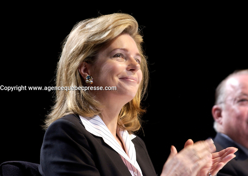 Sept 23 . 2002, Montreal, Quebec, Canada; <br /> <br /> Her Majesty Queen Noor of Jordan, Mentor Foundation<br /> sit at the head table at  the opening of the World Forum on Drug and Dependancy, September 23rd 2002 in Montreal, Canada<br /> <br /> <br />  Sept 09 2002, in Montreal, Canada,<br /> <br /> <br /> <br /> <br /> <br /> <br /> <br /> (Mandatory Credit: Photo by Sevy - Images Distribution (&copy;) Copyright 2002 by Sevy<br /> <br /> NOTE :  D-1 H original JPEG, saved as Adobe 1998 RGB.<br />  Uncompressed and uncropped original  size file available on request.