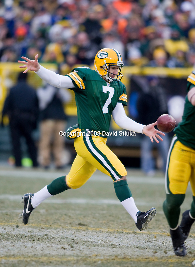GREEN BAY, WI - DECEMBER 7: Punter Jeremy Kapinos #7 of the Green Bay Packers punts the ball against the Houston Texans at Lambeau Field on December 7, 2008 in Green Bay, Wisconsin. The Texans beat the Packers 24-21. (Photo by David Stluka)