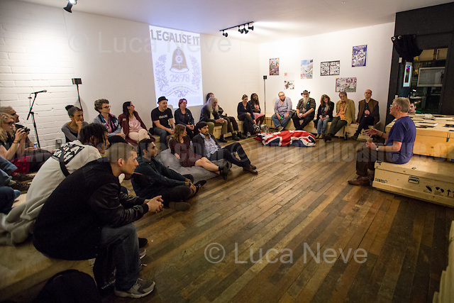 London, 22/09/2016. Today, YOUTH CLUB Archive presented the fully digitised collection of the historic Home Grown Magazine. The event, hosted by The Archivist in Haggerston, presented the renowned activist and London Mayoral Candidate Lee Harris discussing about his counter culture and drug magazine and recalling some of his legendary experiences. From the organiser Facebook page: &lt;&lt;[&hellip;] From 1977 until 1982 Lee Harris started and edited Britain's first counter culture and drug magazine. HomeGrown was a breakthrough magazine that represented a defining moment in British underground culture. Lee was reporting on the psychedelic experience and HomeGrown magazine was one of the few publications to support Operation Julie defendants. Available online for the first time, Lee Harris has worked with YOUTH CLUB to preserve and offer the HomeGrown legacy to a new online generation [&hellip;]&gt;&gt;.<br />