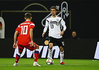 Thomas Mueller (Deutschland Germany) gegen Ruslan Kambolov (Russland, Russia) - 15.11.2018: Deutschland vs. Russland, Red Bull Arena Leipzig, Freundschaftsspiel DISCLAIMER: DFB regulations prohibit any use of photographs as image sequences and/or quasi-video.