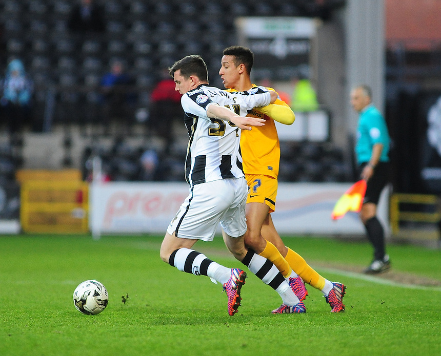 Preston North End's Callum Robinson and Notts County?s Jordan Williams battle for possession<br /> <br /> Photographer Andrew Vaughan/CameraSport<br /> <br /> Football - The Football League Sky Bet League One - Notts County v Preston North End - Tuesday 21st April 2015 - Meadow Lane - Nottingham<br /> <br /> &copy; CameraSport - 43 Linden Ave. Countesthorpe. Leicester. England. LE8 5PG - Tel: +44 (0) 116 277 4147 - admin@camerasport.com - www.camerasport.com