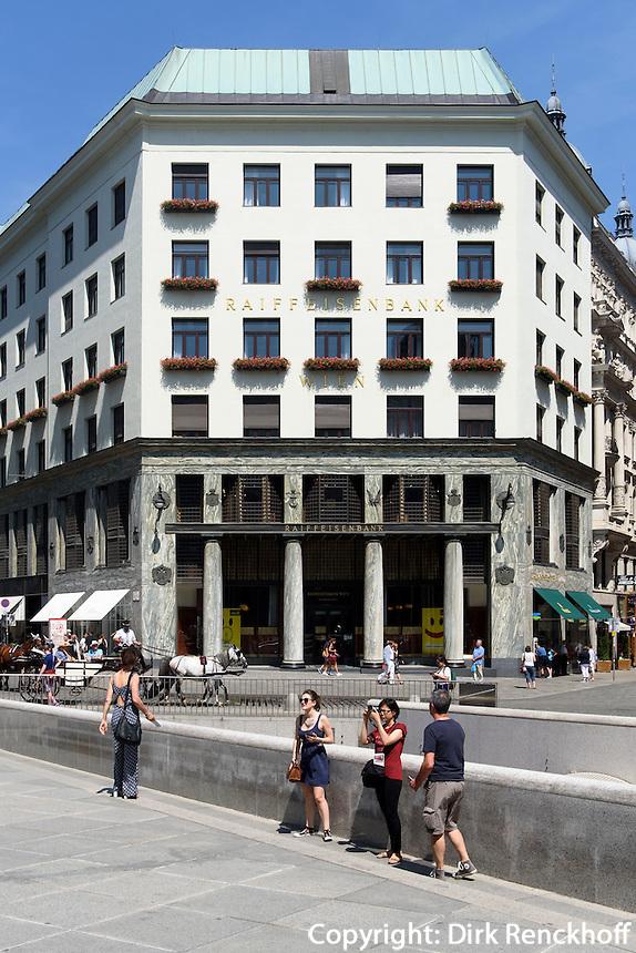 Raiffeisenbank im Looshaus,  Michaeler Platz, Wien, &Ouml;sterreich, UNESCO-Weltkulturerbe<br /> Raiffeisenbank in Loos house, Michaeler Platz, Vienna, Austria, world heritage