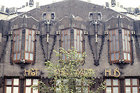 Amsterdam: Scheepvaarthuis (Shipping House). Front on Prins Hendrikkade with name in gilded letters.  Photo '87.