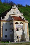 Kazimierz Dolny, 2007-05-02. Renesansowy spichlerz zbożowy w Kazimierzu Dolnym nad Wisłą