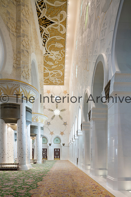 The Sheikh Zayed Grand Mosque in Abu Dhabi, also known as the White Mosque, is a masterpiece of architecture and craftsmanship. Marbled interiors by Fantini Mosaici in the main prayer hall where Ali Khaliqi designed the world's largest hand knotted carpet weighing 35 tons and made in Iran.