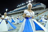 SÃO PAULO, SP, 05 DE FEVEREIRO DE 2012 - ENSAIO ACADÊMICOS DO TUCURUVI - Ensaio técnico da Escola de Samba Acadêmicos do Tucuruvi na preparação para o Carnaval 2012. O ensaio foi realizado na noite deste domingo (05) no Sambódromo do Anhembi, zona norte da cidade. FOTO: LEVI BIANCO - NEWS FREE