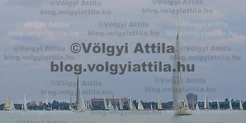 0807186592a 40th Blue Ribbon Regatta race with 570 participating yachts sailing the 160 km course around Lake Balaton near Balatonfured. Hungary. Friday, 18. July 2008. ATTILA VOLGYI
