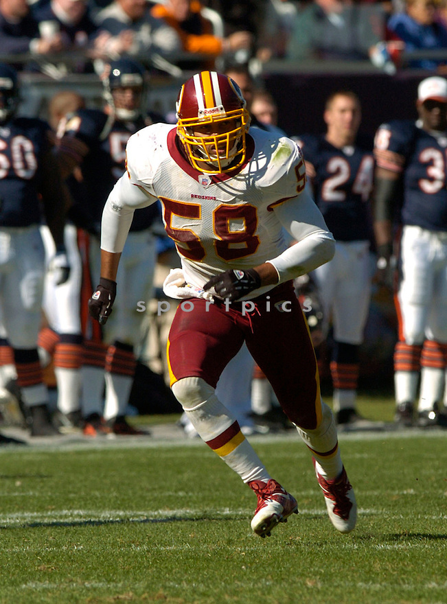 Antonio Pierce during the Washington Redskins v. Chicago Bears game on October 17, 2004...Washington wins 13 - 10..David Durochik / SportPics